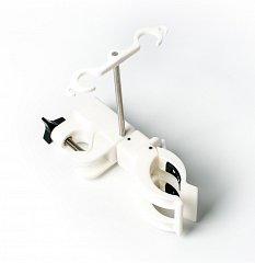 Dialyzer Holder Clamp